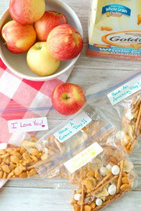 Lunch Box Goldfish® Crackers Snack Mix